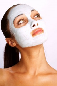 facial-mask-to-prevent-acne-breakouts