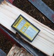 20181101-firewood-moisture.jpg