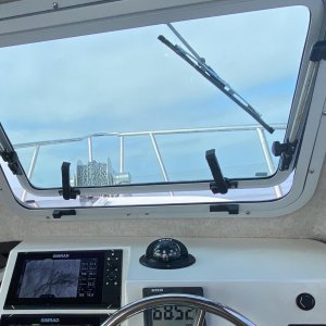 Non-obstructive View; Clear Skies; E-Z Anchoring