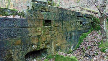 surface ruin1.jpg