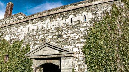 Fort Tourgis Entrance.jpg