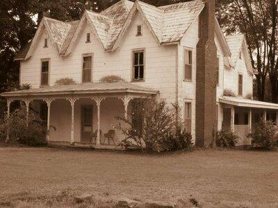 case house.jpg