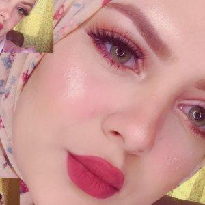 Beautiful Veiled Makeup