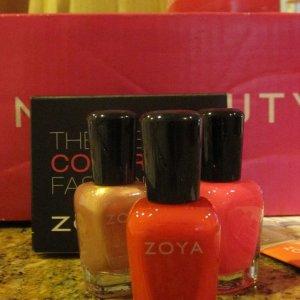 Free Zoya  'American' 4th of July polish w/free S&H w/ $10 purchase.
