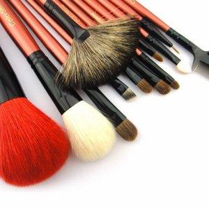 Cosmetic-brushes.jpg