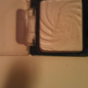 Wet n wild Sugar eyeshadow