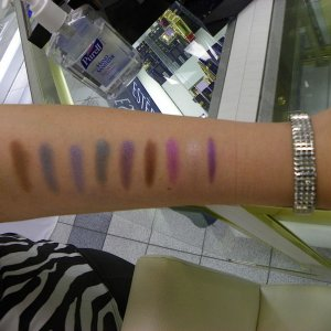 Estee Lauder Pure Color Gelee Eyeshadow Swatches. Photo by Sarah Afshar.
