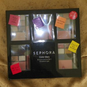 The Sephora Color Diary is the newest addition to my makeup collection. Thank you Makeup Talk for making this possible. I love it!