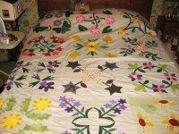 flower quilt top.jpg