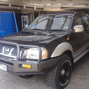 Front End With Genuine Nissan (ARB) Bar