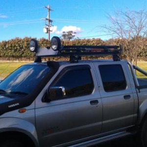 New roof rack and spotties.