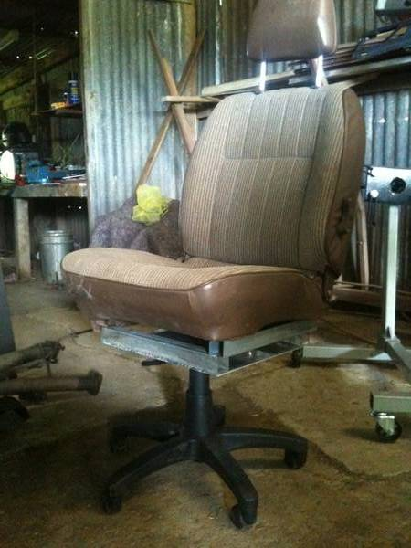 D21 Model Office Chair