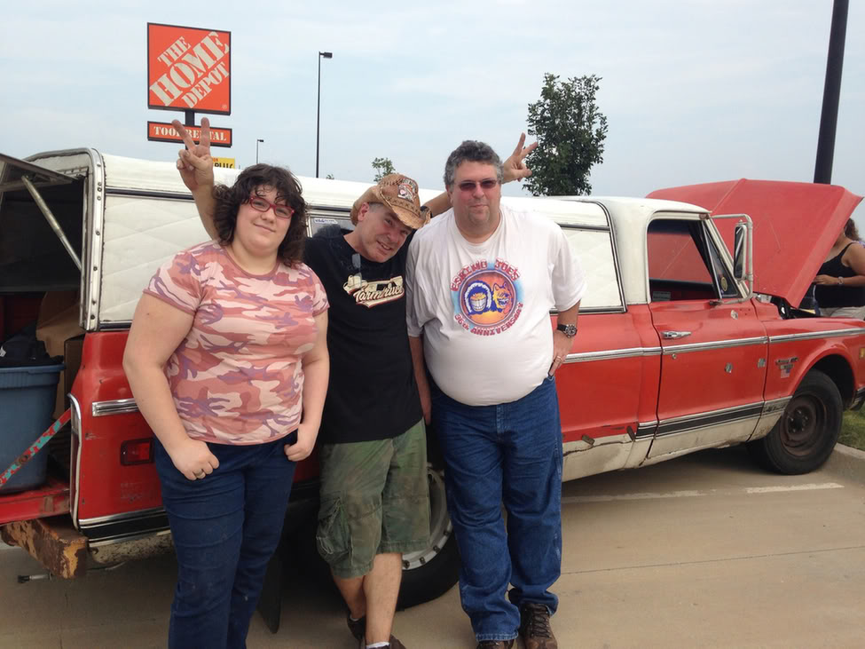 Really Nice Guy To Meet He And His Wife Took A Few Minutes Talk Us Funny Thing Was There Vette Parked Behind The Truck No One
