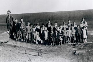 www.pbs.org_wgbh_nova_assets_img_killer_tornado_1928_image_01_small.jpg