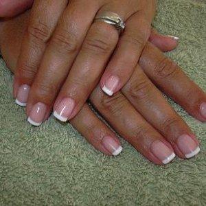 CND Brisa natural nail overlay