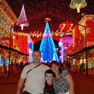 Me Tom , Matty at the osbourne family spectacle of dancing lights, the most amazing lights i've ever seen  by the way that was boxing day at 10pm , it was roasting, anyone jealous yet lol