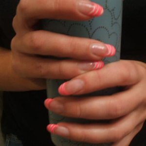 same nails different pic