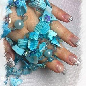 brokat nails