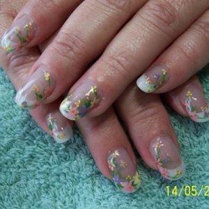 Cottage Garden Nails 1