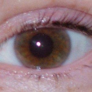 Hazel's lashes before