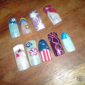nails free hand