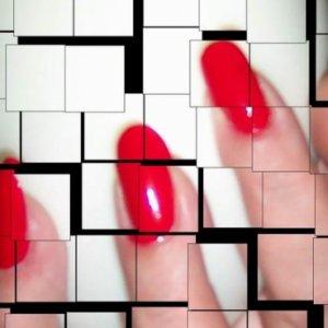 Neo Nailz Red Tile