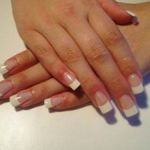 Le Chat Gel  This is french gel. I use ezflow french tips. Any comments are welcome!
