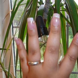 What I'm Wearing - First glitter nails  Sculpts using INM Northern Lights Powder (glitters) in Pink.