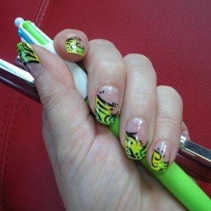 green black nail art on natural nails