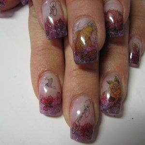 Tatoo nails