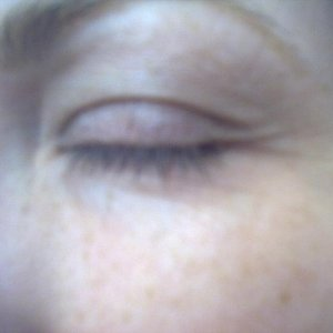 step1 / Part 2: Close up of my lashes - photo a bit blurred - quite short and sparce