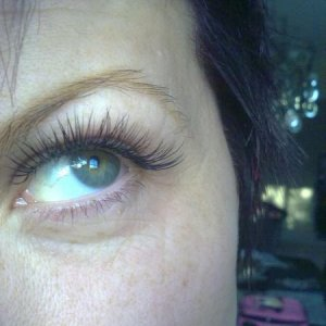 STEP 4: A few more lashes