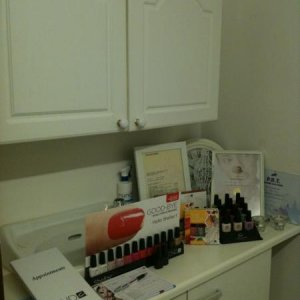 Shellac Display, Polishes, Certificates
