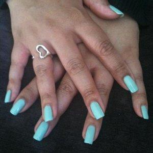 Gelish - Sea Foam on natural nails