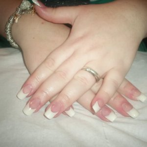 Laura French tip with gel 1