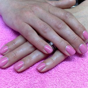 First Set of SHELLAC on nayural nails. Day 1 (18.6.2010)
