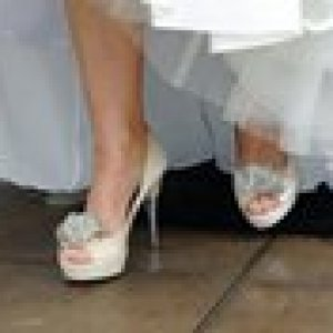 caire wedding toes