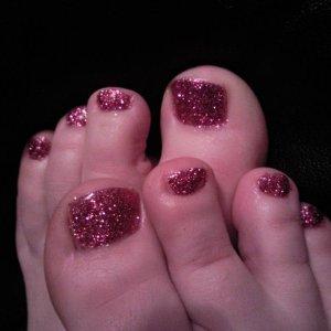 Gel glitter toes