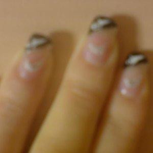 spooky nails! crap pic!