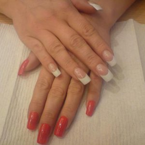 Cec aka Ceciles 3rd place in div 1, winning nails from olympia 2008