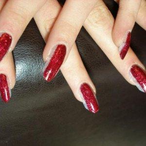 Photo Comp nails close up