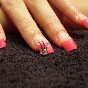 Pink Tips & Nail Art/Gems.