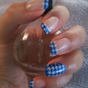 Gelish with houndstooth