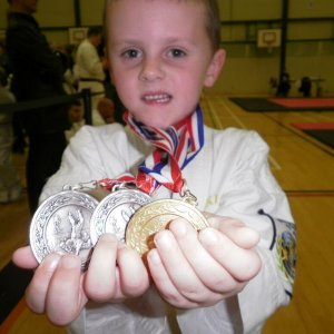 Samuel Cromar 1 Gold and 2 Sivler medals for ju jitsu Competion in Southend Nov. 2010