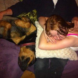 Sleepy time for the girlies!