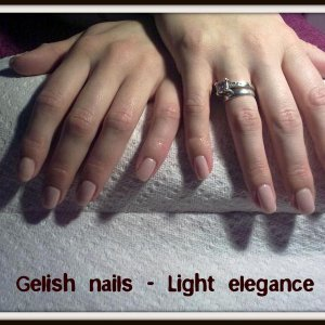 Gelish nails light elegance