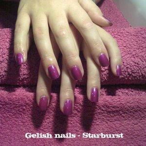 Gelish nails starburst