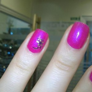 Tutti Frutti Shellac with nail transfer