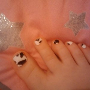 MOO MINX!! :D not the best application but just had to put them on as soon as they arrived! still only got 1 foot done :P