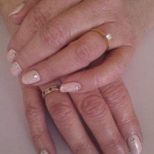 Wedding nails. Shellac romantique + Gelish twinkle with diamontes
